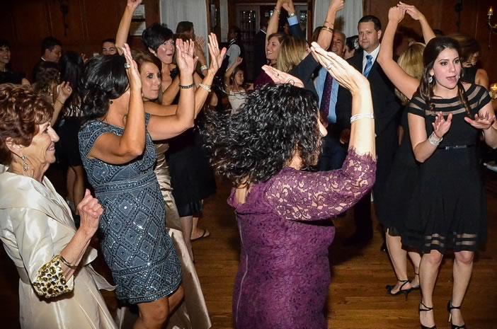 Detroit Dance Band Energizes Wedding Reception