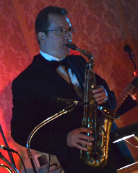 Best Detroit Wedding Bands Saxophonist